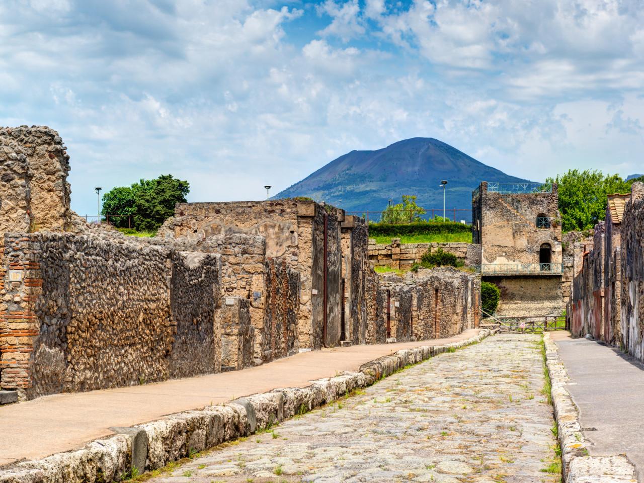 Hercolaneum, Vesuvius & Pompeii tour